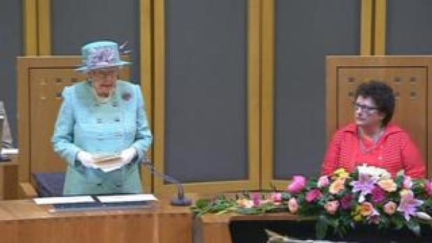 The Queen and assembly Presiding Officer Elin Jones