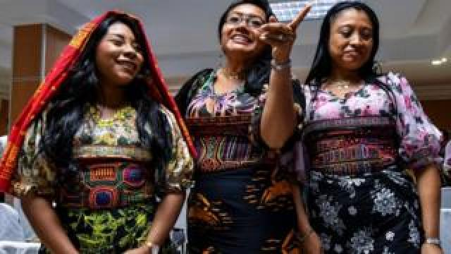 Panama's Guna indigenous women display molas (Guna's hand made textile) attend a press conference in Panama City, on May 21, 2019