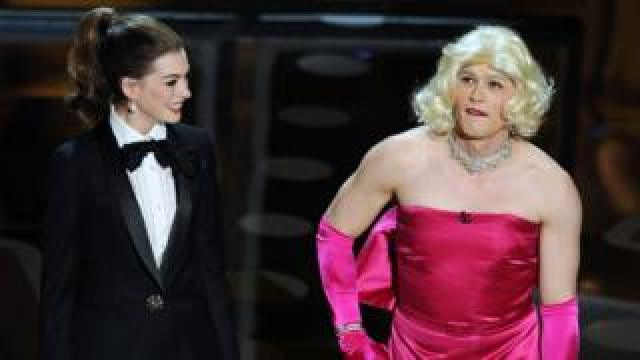 Anne Hathaway and James Franco host the Oscars