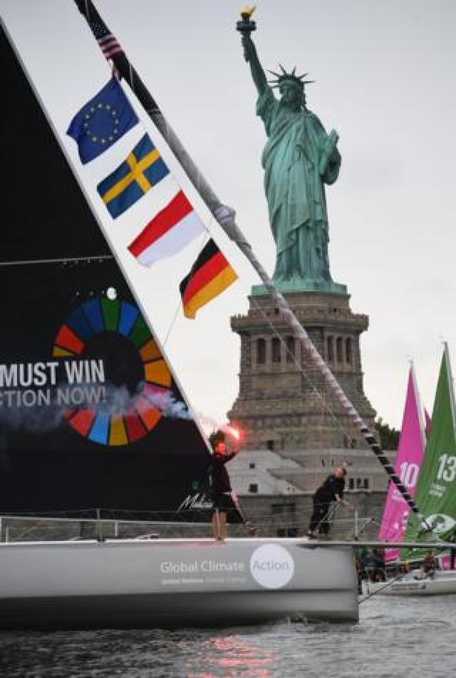 Greta Thunberg arrives in the US on a yacht, passing the Statue of Liberty