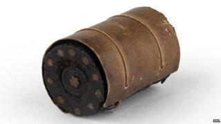 Submarine cable, gutta percha