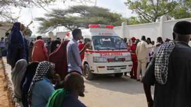 Ambulance driving in Mogadishu