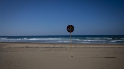 A deserted Durban beach front on day 43 of a national lockdown in Johannesburg, South Africa, 9 May 2020