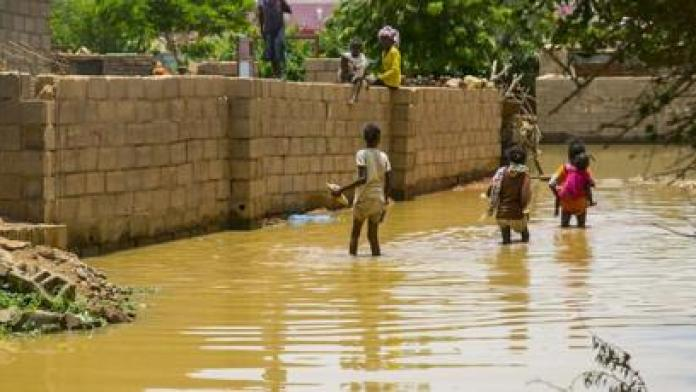 Les spécialistes prévoient une hausse des cas de paludisme cette année si rien n'est fait pour traiter les zones affectées par les inondations