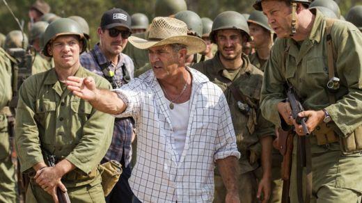Mel Gibson directing Hacksaw Ridge