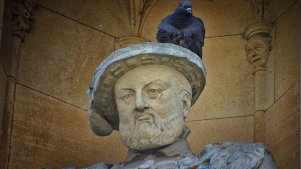 Estatua de Enrique VIII