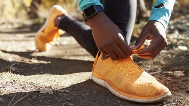 Homem esperando para correr