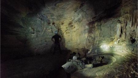 O interior da caverna dos Tayos Foto: Miguel Garzón