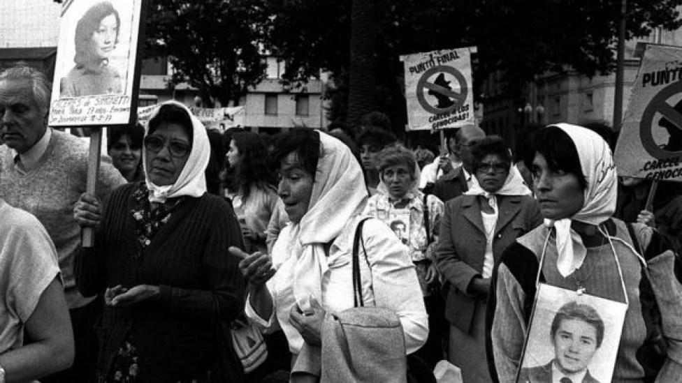 110710717 539de00b de34 4c17 be3d 630c09344850 - 'Meu pai, o genocida': as filhas de torturadores na Argentina que romperam silêncio sobre 'segredo familiar'