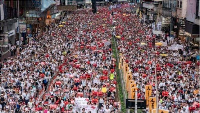 Hàng trăm ngàn người đã biểu tình phản đối dự luật