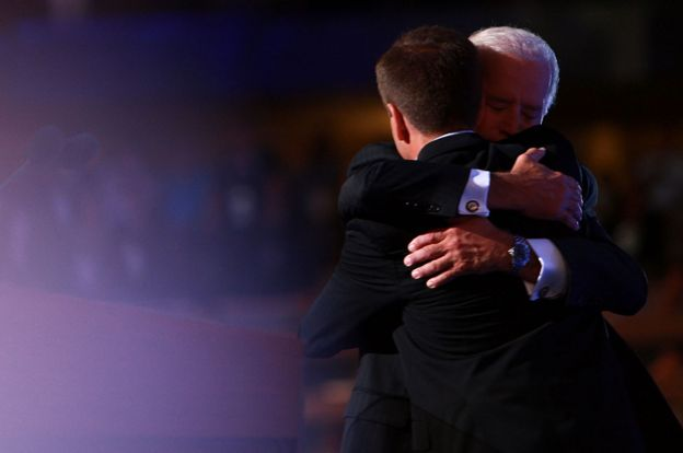 In this photo of the year 2015, Joe Biden with his son Beau.  Beau died of cancer.