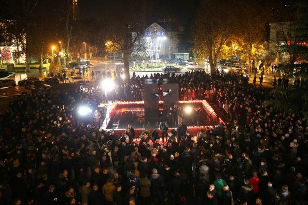 Bosnian Croats pray and light candles for Slobodan Praljak in Mostar, 29 November