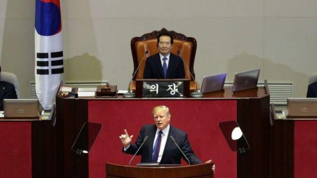 El presidente de EE.UU., Donald Trump. en Corea del Sur.