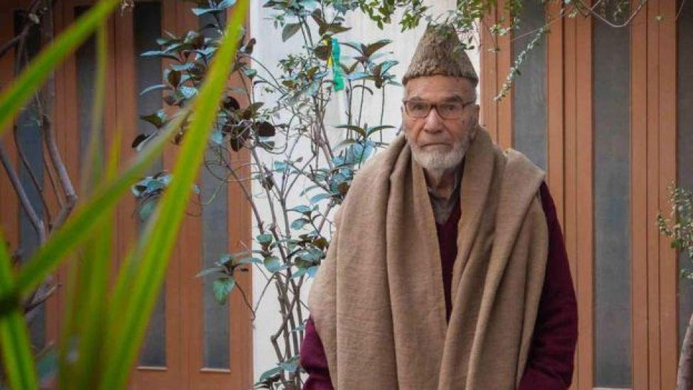Muhammad Hamza, em sua casa no Paquistão