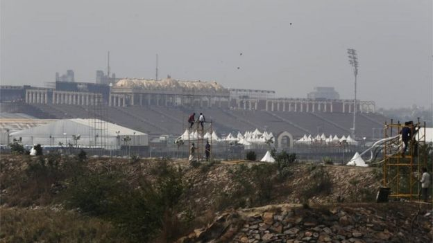 Workers erect a temporary platform to install sound and lights at the venue of World Culture Festival on the banks of the river Yamuna in New Delhi, India, March 8, 2016. I