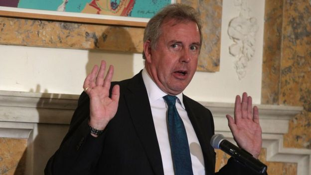 Outgoing British Ambassador to the US Sir Kim Darroch speaks during an annual dinner of the National Economists Club at the British Embassy in October 2017 in Washington, DC
