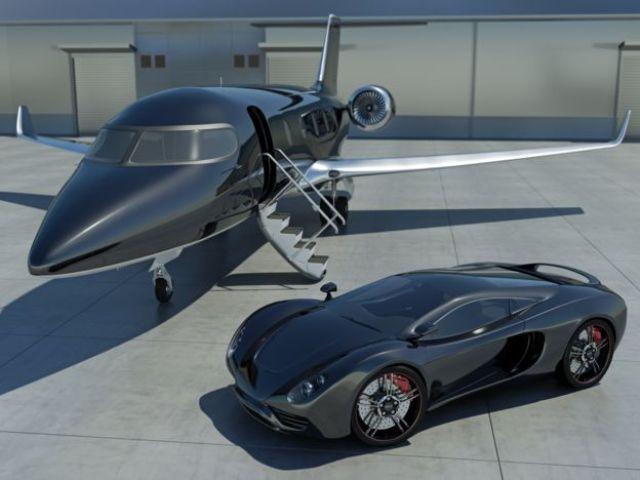 Avión privado y auto de lujo.