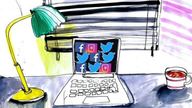 Ilustración de una computadora con logos de redes sociales.