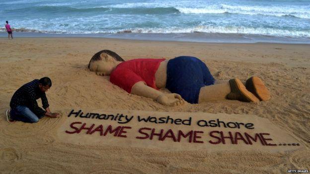 Escultura de arena de Alan Kurdi