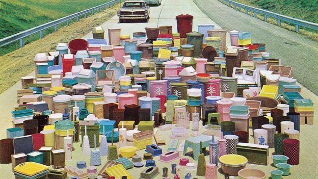 Ya en la década de 1960, los hogares estaban llenos de toda clase de objetos de plástico.