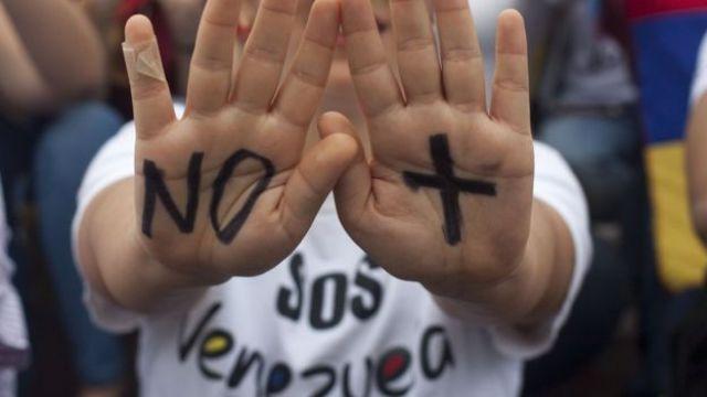 Una manifestante.