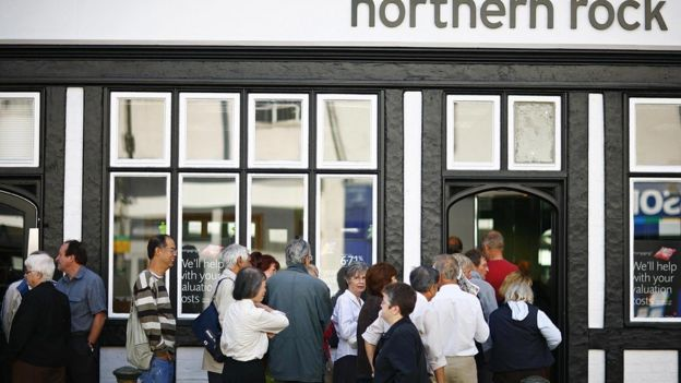 Customers queue outside Northern Rock branch