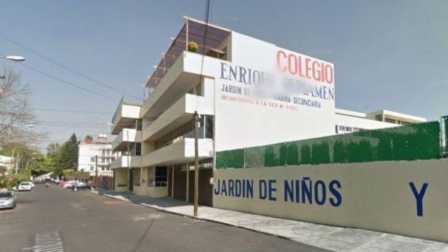 Fachada de la escuela Enrique Rébsamen en Ciudad de México.