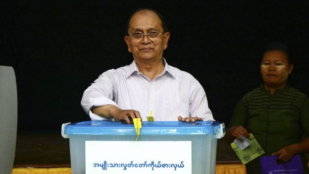 Myanmar President Thein Sein votes (8 Nov 2015)