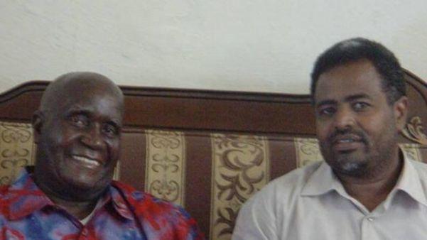 Cige iyo madaxweynihii hore ee Zambia Kenneth Kaunda, Hargaysa 2005.