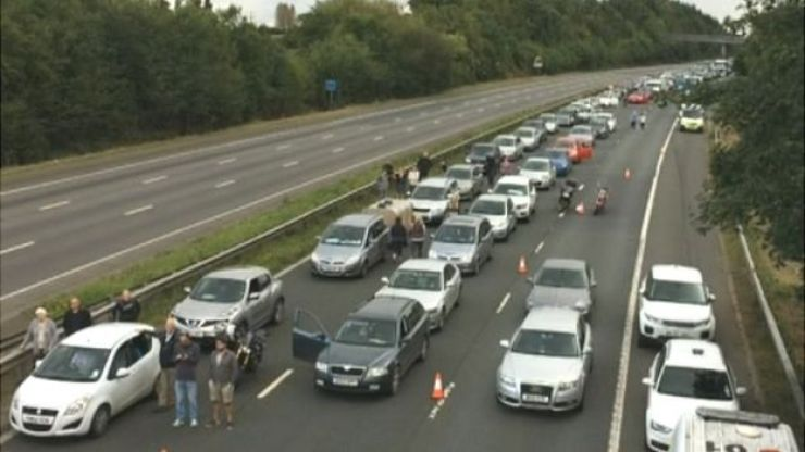 Stationary traffic on M5