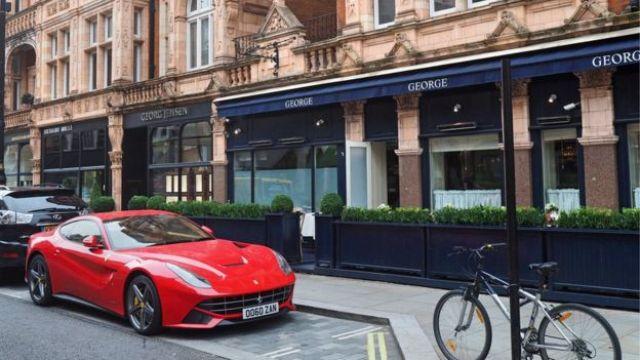 Imagen de una calle de Mayfair.