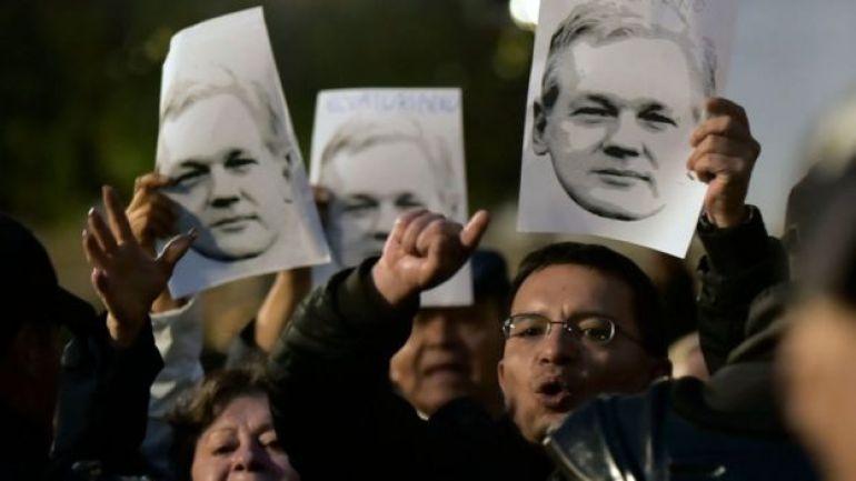 Caras de Julian Assange