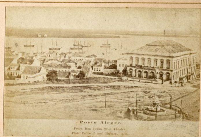 Vista do Teatro São Pedro, em Porto Alegre, em 1881. Crédito: Acervo do Museu de Porto Alegre Joaquim Felizardo/Coleção Eva Schmid, Autor Deconhecido