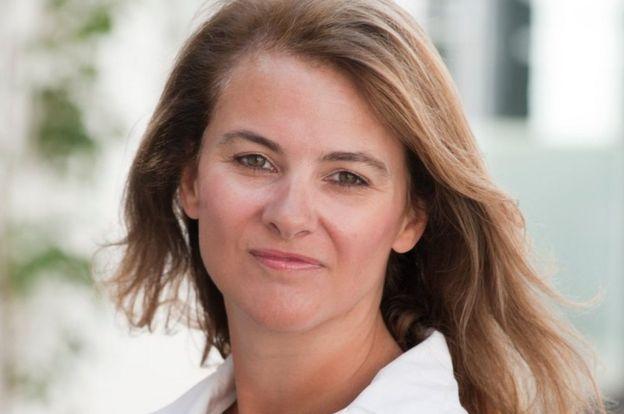 روث سوندرز تقول إن النساء يواجهن صعوبات في الحصول على تمويل لمشاريعهن لأن الرجال يهيمنون على عالم الاستثمار