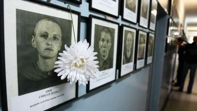 Fotos de las víctimas del genocidio en el campo de concentración de Auschwitz-Birkenau