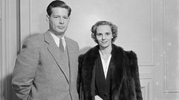 صورة للملك ميخائيل عام 1951 مع زوجته الملكة آن، التي توفيت العام الماضي