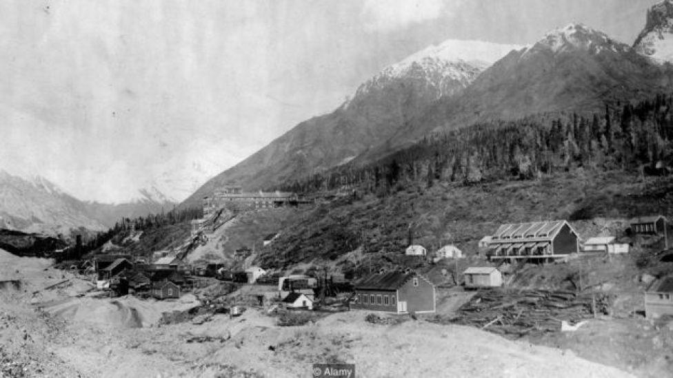 Poblado de Alaska en la primera mitad del siglo XX.