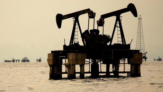 Extracción de petróleo en Venezuela.
