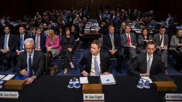 representantes de redes sociales en un congreso.