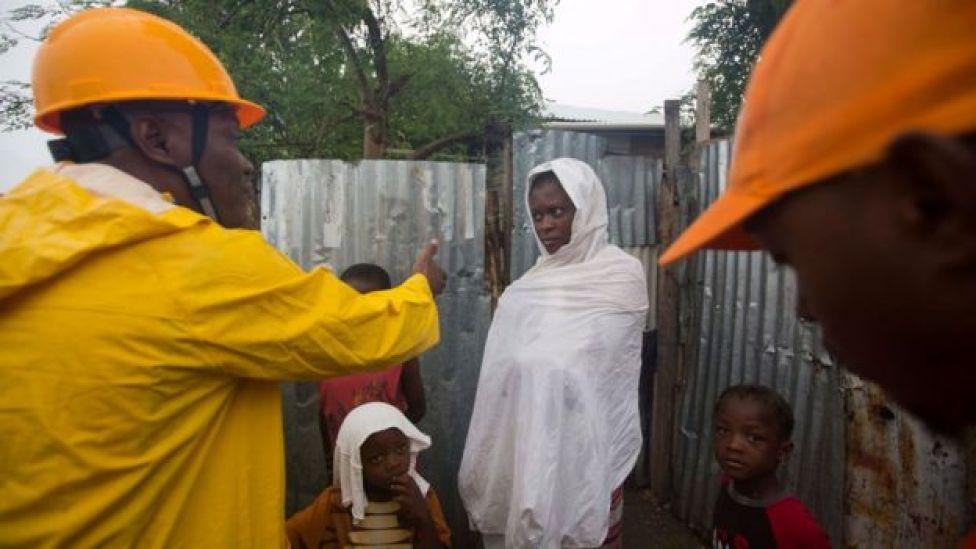 Familias en Haití rechazan ser evacuadas