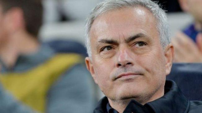 Kocha wa Tottenham Jose Mourinho