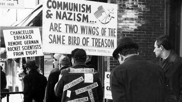 Protesta contra un estatuto de limitaciones en los procesos contra nazis en 1965