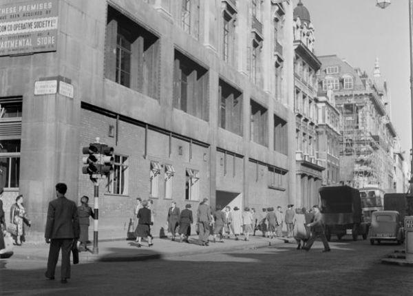 صورة لشارع أكسفورد عام 1949