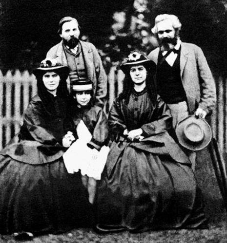 Retrato de Engeles, Marx y sus tres hijas (circa 1860)
