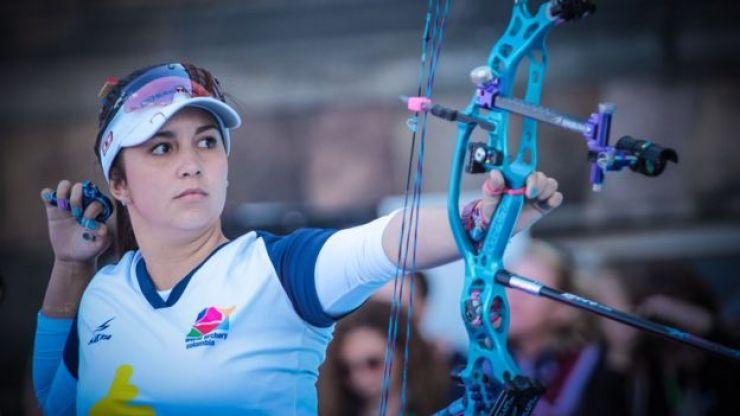 Sara López en acción