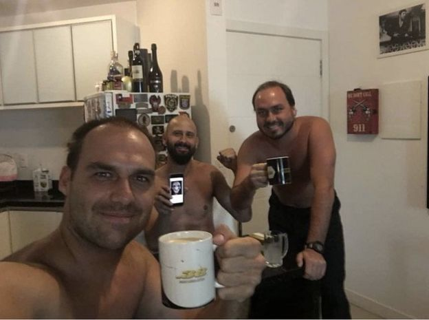 Carlos Bolsonaro, Eduardo Bolsonaro, Tony Eduardo