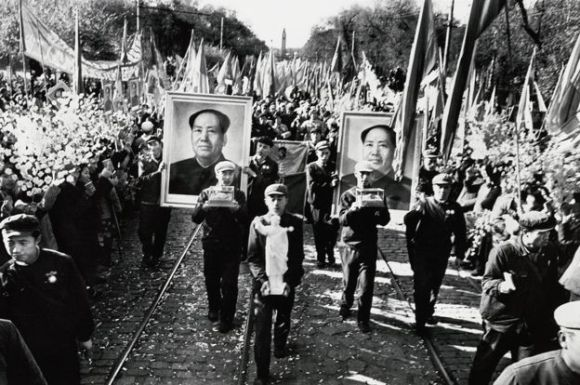 Parade, with mangoes