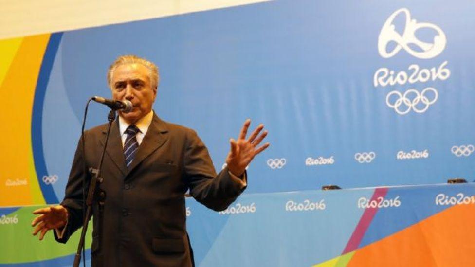 Olimpíada não deve melhorar imagem de Temer perante a população, diz Zirin
