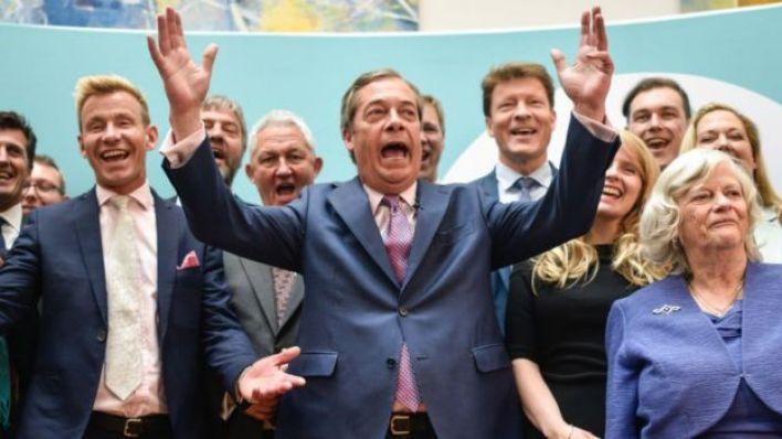 2019'un Mayıs ayında yapılan Avrupa Parlamentosu seçimlerinde İngiltere için ayrılan koltukların çoğunu Nigel Farage liderliğindeki aşırı sağcı Brexit Partisi kazandı