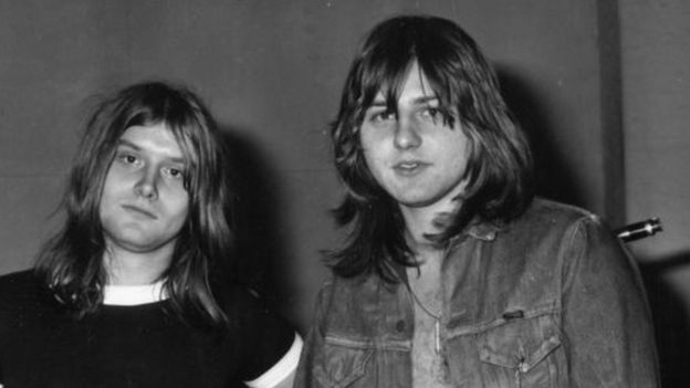 Greg Lake (right) with Carl Palmer in 1971